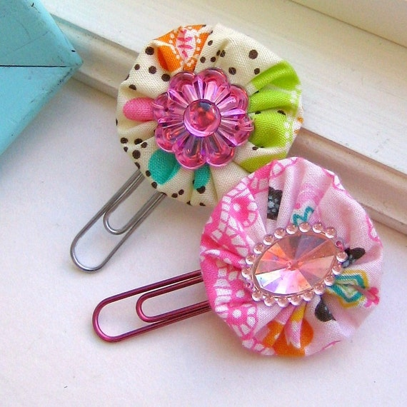 Bookmark, Yo Yo Fabric Flower Paperclips, Flower Clips, Flower Bookmark, Clip, Flower Paperclips, Paperclips, Bookmarks  - Set of 2, No.25