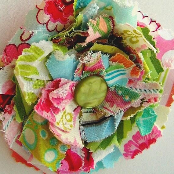 Les Scraps La Fleur, Grand Blossom Flower Pin-Pendant, Summer  Mix, No. 050