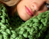 Infinity Scarf in Sage