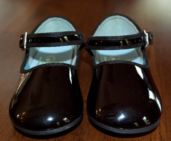 vintage 70s baby shoes patent leather fancy black mary janes