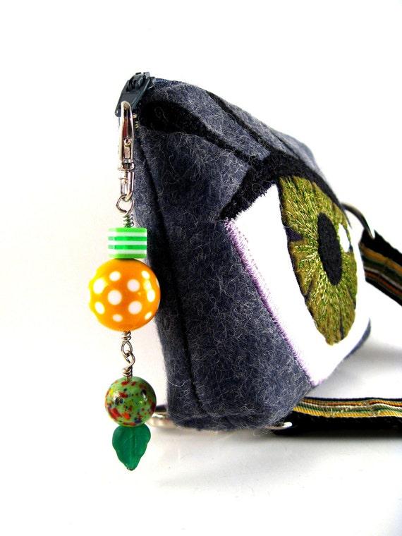 Beautiful Green Eyed Gadget Wristlet Case