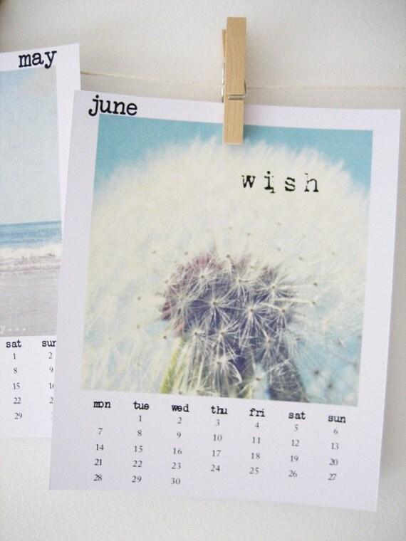 2010 Calendar - Lose yourself in a daydream