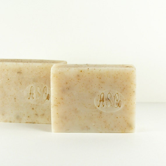 All Natural Gardeners Soap Cold Processed - Lavender Rosemary Gardener's Soap With Crushed Rosemary and Apricot Seed