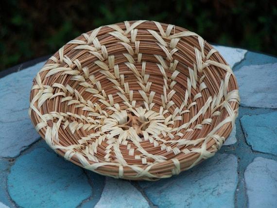 Pine Needle Basket with Scoop Edge