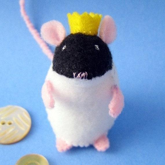 Ratticus Rex - Small Felt Plush