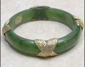 Treasury Item - SALE Chunky Green Marbled Lucite with Metal Decorations Bangle Bracelet GORGEOUS