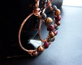 Freshwater pearls with hammered copper hoops