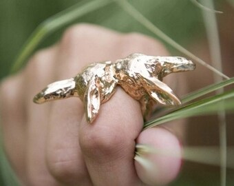Bunny Love Ring in Gold