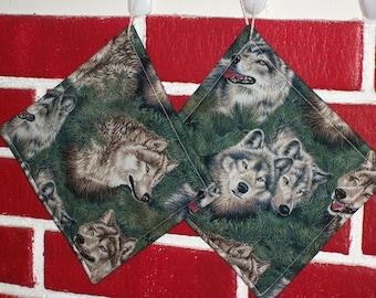 Wolf Print Pot Holders set of 2
