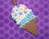 a double scoop of cute necklace
