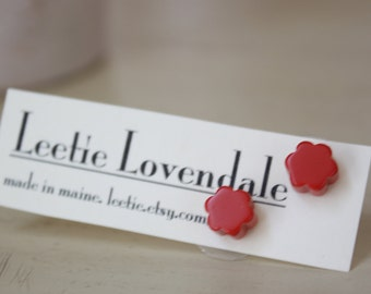Red Stud Earrings   Cherry Red Flower Studs   vintage lucite daisy post earrings