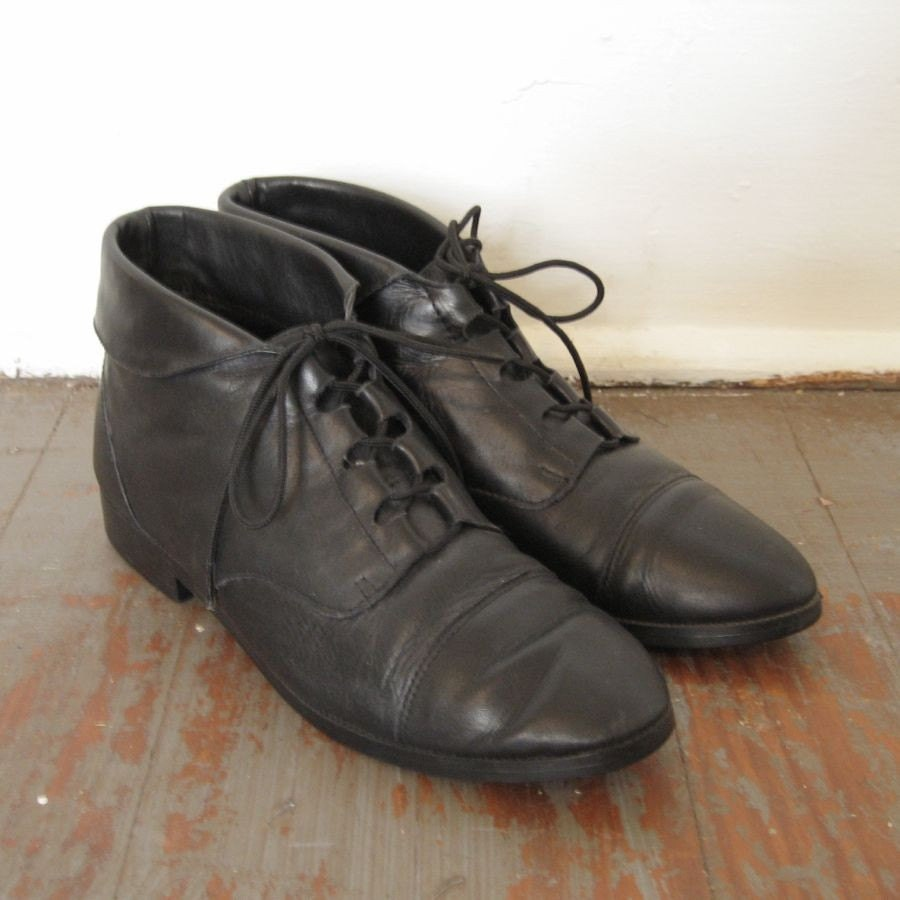 vintage black leather flat ankle lace up boots sz 8