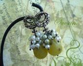 SALE Grape berries - chalcedony earrings