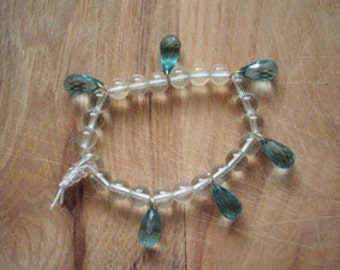 Glass Bracelet with Faceted Teardrop dangles