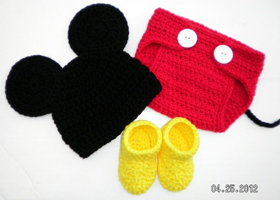 Custom crochet Mickey Mouse ears hat beanie diaper cover and booties set photo prop