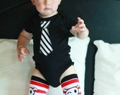 Skulls and Stripes Baby Boys Clothing Set - Baby Bodysuit and Leg warmers - Fun Photo Shoot Outfit - Halloween, Birthday, Baby Shower Gift