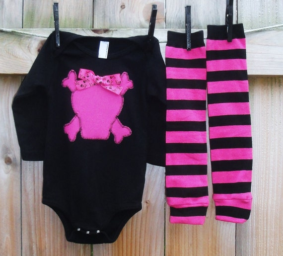 PRETTY in Pink and Black-2 piece appliqued Onesie and warmer combo-you choose applique-Black or White, Long or Short sleeve-3/6up to18/24mo