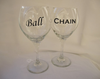 Quirky Ball & Chain Wine Glass Set