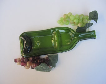 Sassy Double dip Wine Bottle Serving Dish in Glorious Green