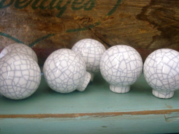 Set of Six Round White Crackle Knobs