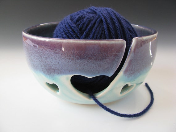 Ceramic Knitting Bowl / Yarn Bowl Hearts in Purple and Turquoise