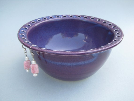 Ceramic Earring Bowl / Jewelry Bowl / Organizer in Mulberry Purple