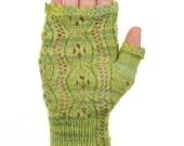 Lace Fingerless Glove Pattern