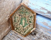 RESERVERD reserverd reserverd   Antique 1900 French nuns work reliquary paperolle