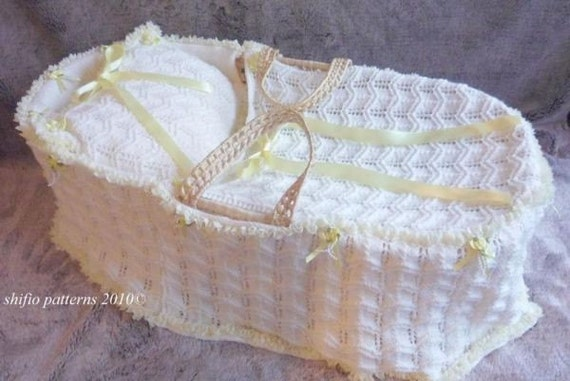 Knitting Pattern For Dolls Moses Basket : KNITTING PATTERN For Baby Moses Basket Cover Blanket