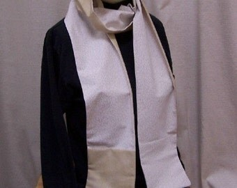 Passport Scarf, Pocket Scarf, Reversible White and White on Almond Floral Print PS108