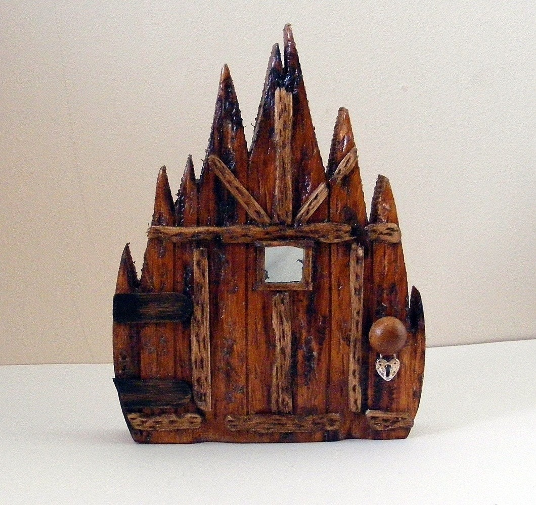 Wooden fairy doors by fairyrade for Wooden fairy doors