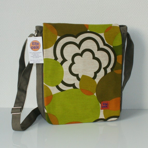Tessie - messenger bag customized with original vintage fabric.