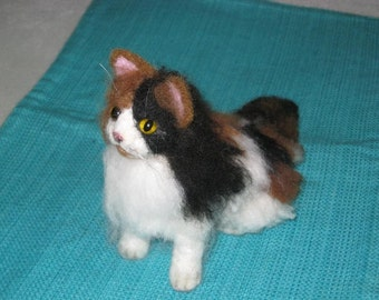 Custom Miniature Sculpture of your Cat / cute / poseable by Fiber artist GERRY / example Calico Cat