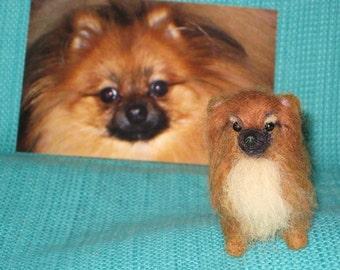 Needle Felted Dog / Custom Miniature Sculpture / example Pomeranian