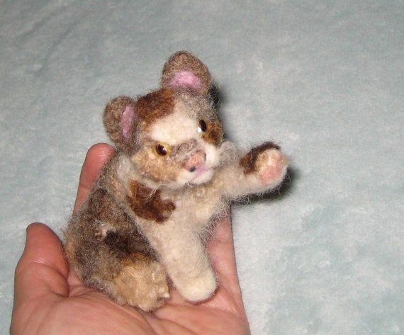 Needle Felted Cat / Custom Miniature Sculpture of your pet Cute by GERRY