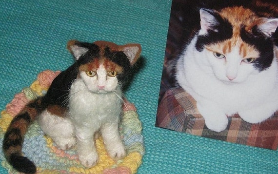 Needle Felted Cat / Custom Pet Portrait by Gourmet Felted / example Calico
