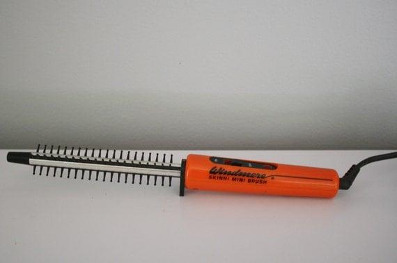 80s Skinni Mini Brush Tiny Curling Iron