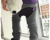 KIDS TROUSERS - PDF e pattern - Monkey Spats / leggings -  3 sizes / 6m, 1y and 2y
