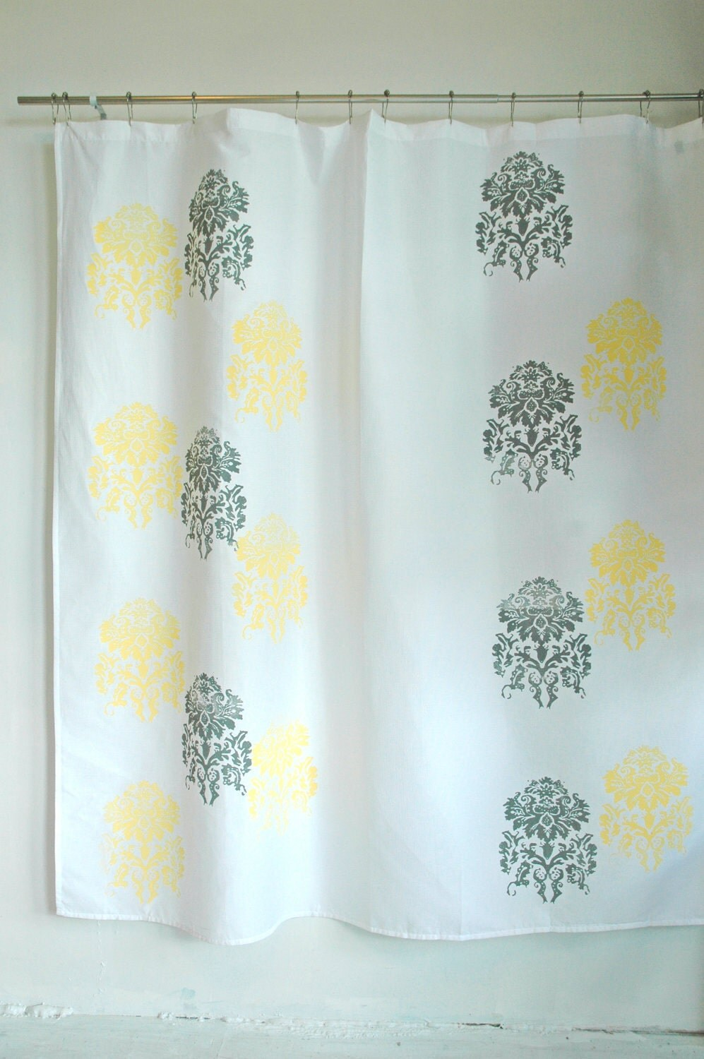 White Shower Curtain With Mantra Print In Yellow By