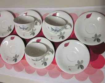 Hallcraft Eva Zeisel Caprice pattern Lot of mugs and saucers.