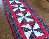 Stars on Navy Tablerunner