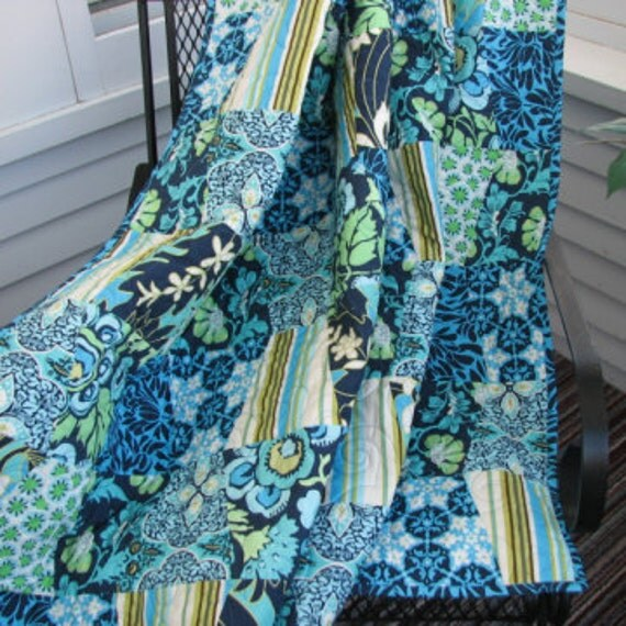 CLOSING SALE 50% OFF  Daisy Chain Tumbler Quilt