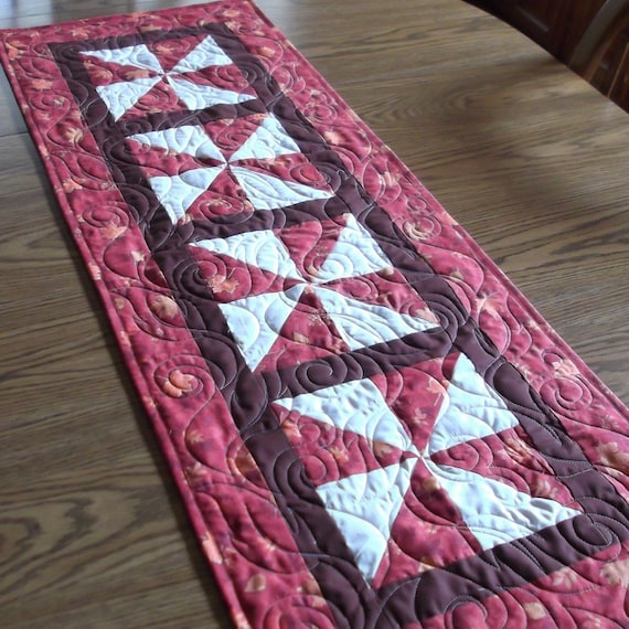 Fall Leaves Quilted Tablerunner