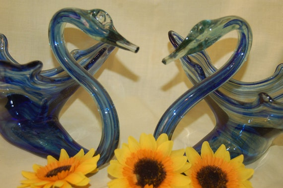 Vintage Matching Swans Set (FEATURED ITEM) Carnival Fair Blue Blown Glass (GK) Hard To Find Two Still Together