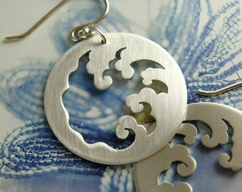 The Great Waves off Kanagawa sterling silver earrings - Japanese inspired, Hokusai, tsunami, saw pierced by hand