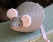 itty bitty mouse grey felt