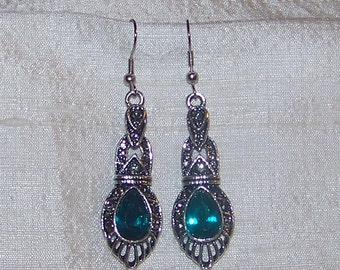Vintage Inspired Deep Turquoise Drop Earrings