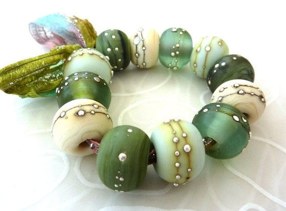 Sunbaked Harmony .. 12 etched beads with silver by Lush Lampwork .. UK SRA British Lampwork GBUK