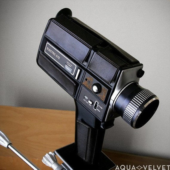 vintage super 8 movie camera with case keystone xl204. Black Bedroom Furniture Sets. Home Design Ideas
