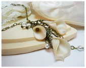 White Calla Lily Necklace - Bridal Jewelry, Vintage Style Wedding Jewelry - strandedtreasures